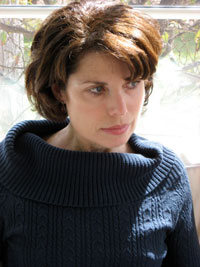 Portrait photo of author Nancy Goldstone